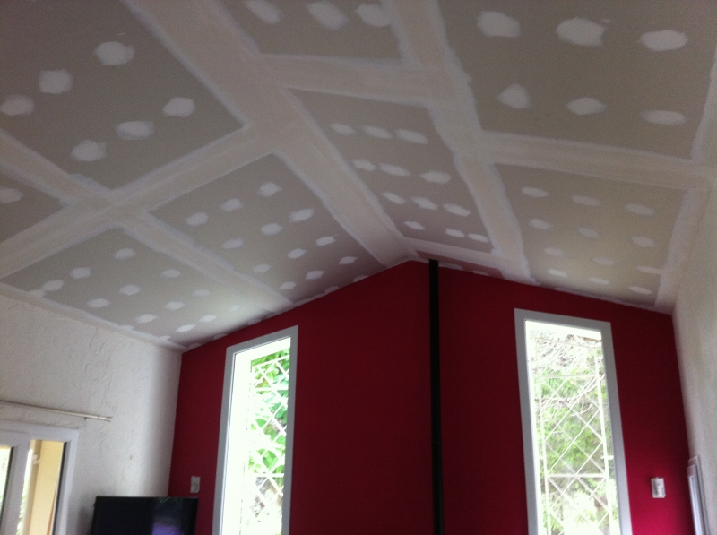 Faux plafond salon villa gascity for for Faux plafond salon villa